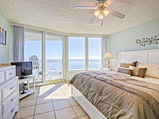 Family/Kid/Dog Friendly Oceanfront/Intracoastal Breathtaking Views! Car-free Bea