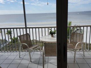 BEACH FRONT NORTH END  BED 2 BATH CONDO