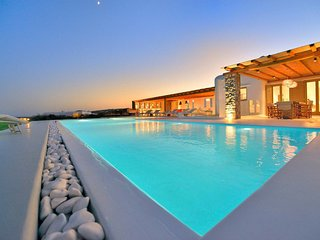 Mykonos Villa Sleeps 19 with Pool and Air Con - 5824847