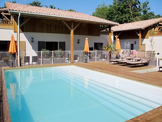 Beautiful apartment in Lacanau with Sauna, 3 Bedrooms and Heated swimming pool