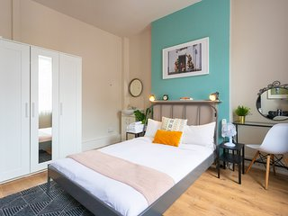 Bloomsbury Room 3 with shared bathroom (RU/CL)