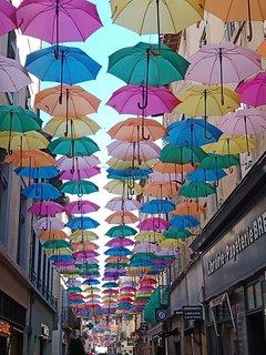 Carcassonne street decorations