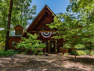 Branson Bear -Pet Friendly