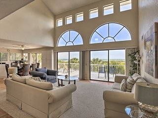 NEW! Grand Fort Myers Beach House w/ Ocean Views!