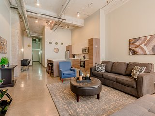 Spacious Corporate 2Bedroom Apt Dallas/Parking