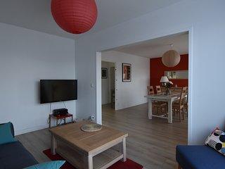magnifique appartement refait a neuf face a la basilique st remi