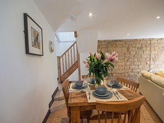 Idyllic, Pet-friendly Country Cottage - Henmore Cottage - Stainsborough Hall