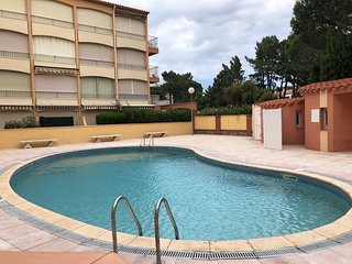 Nice apt with swimming-pool