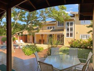 Bela Casa Sao Sebastiao - 300m da Praia