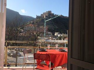 Appartamento appena fuori dalle antiche mure di Final Borgo