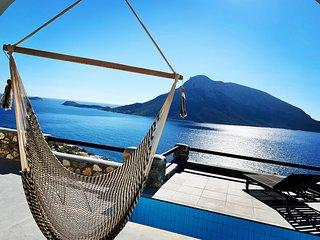 Kastelli Blu - SKY, Luxury Pool Villa & Yoga Platf