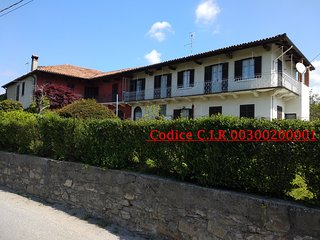 'Casa le Rose' Graziosa casa antica in collina