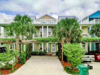 Unit 5414:Private Heated Pool! Beautiful Beach Home (Short Walk to Schooners)