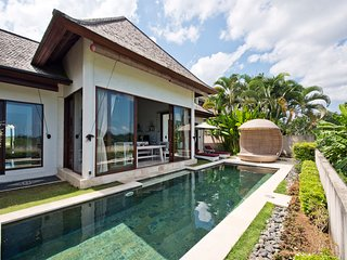 Sahaja4: Deluxe Private Villa With Pool in Boutique Resort, Free Breakfast!