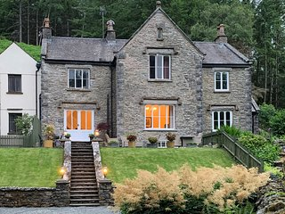 Victorian vicarage on tranquil country lane only 10 minutes from Lake Windermere