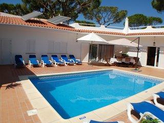 Villa Patio, 100 metres from the beach, Saturday change over day, peak season