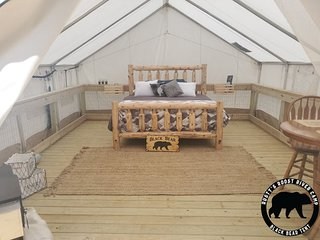 Rusty's Roost River Camp- Black Bear Tent