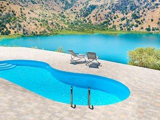 Stunning Lake Kournas Retreat ★ Spectacular Views!