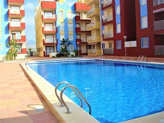 Fabulous 1 bedroom, spacious & well equipped ground floor apartment with pool