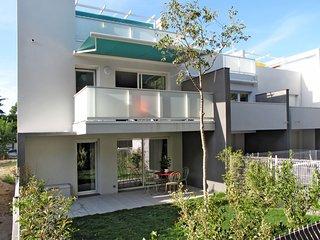Residence Les Pins Parasols (AGL350)