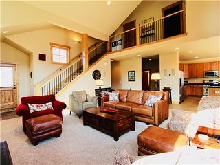 Gorgeous 3 Bedroom Western Ranch in Silverthorne