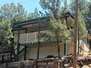 Alto Crest #9 - Cozy Cabins Real Estate, LLC.