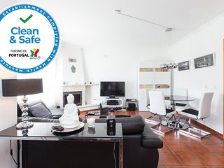 Baby friendly | Near DinoParque and Beaches - Sleep 7 | Clean&Safe Certification