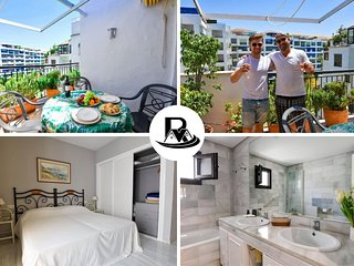 CENTRAL Large 2 Bedroom Apartment in Front of MARINA, Puerto Banus ✔