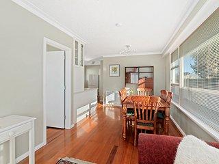 Coastal City Retreat - New Brighton Holiday Home, Christchurch