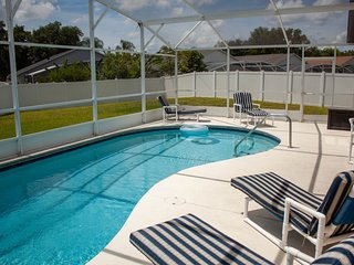 All the Comforts of Home with gameroom and free pool heat only 8 miles to Disney