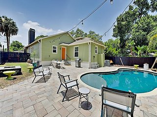 Beautiful Seminole Heights Bungalow with Secluded Saltwater Pool & Firepit
