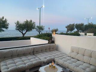 Puglia / Apulia  Salento sunny Beachfront 2br apartment  Brindisi/Lecce