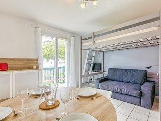Fort A:Bel appartement avec terrasse à 10min des plages