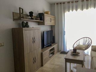 Apartamento L'Ampolla Delta del Ebro. Piscina,parquing,wifi. A 2' playa arena
