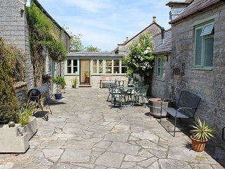 Orchard Cottage - UK30437