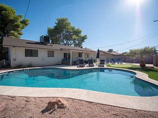 Scottsdale Serenity with a Private Pool Fire Pit and Indoor Games