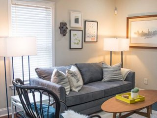 Iris Monroe! Awesome Atlanta Apartment - Sleeps 4