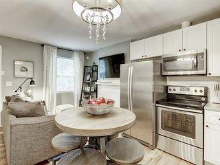 Ultimate Denver Getaway, Designer Apartment!