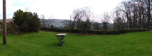 Huge garden at Woodland Cottage with great views