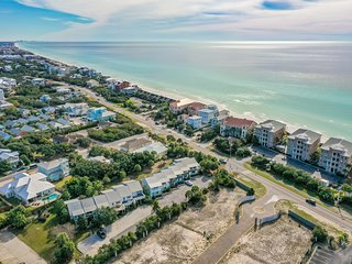 Best deal on 30A! Steps to the beach. Walk to Alys