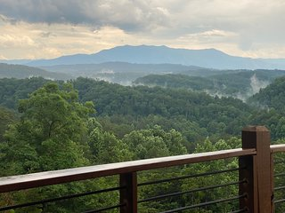 Spectacular Views with a wrap around deck .  2 bedroom 2 bath behind Dollywood.