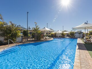 Geraldton serviced & furnished apartments security estate  in a waterfront  area