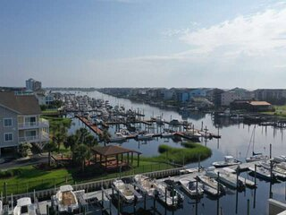 New rental, updated condo, large Pool, Great Water views, Close to Carolina Beac