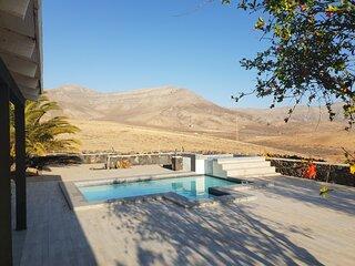 Villa Lomo Cordobes, relax & wonderfull views and pool