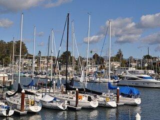 Walk to Beach, Yacht Harbor & Santa Cruz Boardwalk