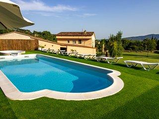 Casa DORMESTANY: para 15 personas con Piscina y jardin de 15.000 m2.