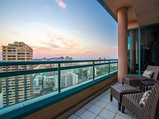 Breathtaking Waikiki Landmark Penthouse w/ Pools, Hot Tubs & Private Elevator