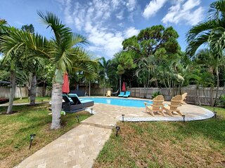 Charming Oasis with a Pool! (Unit #103) WILTON/FLL