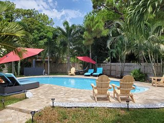 Charming Oasis with a Pool! (Unit #102) WILTON/FLL