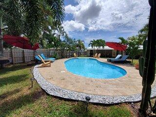 Gorgeous Cottage w/ Pool! (Unit #101) WILTON/FLL